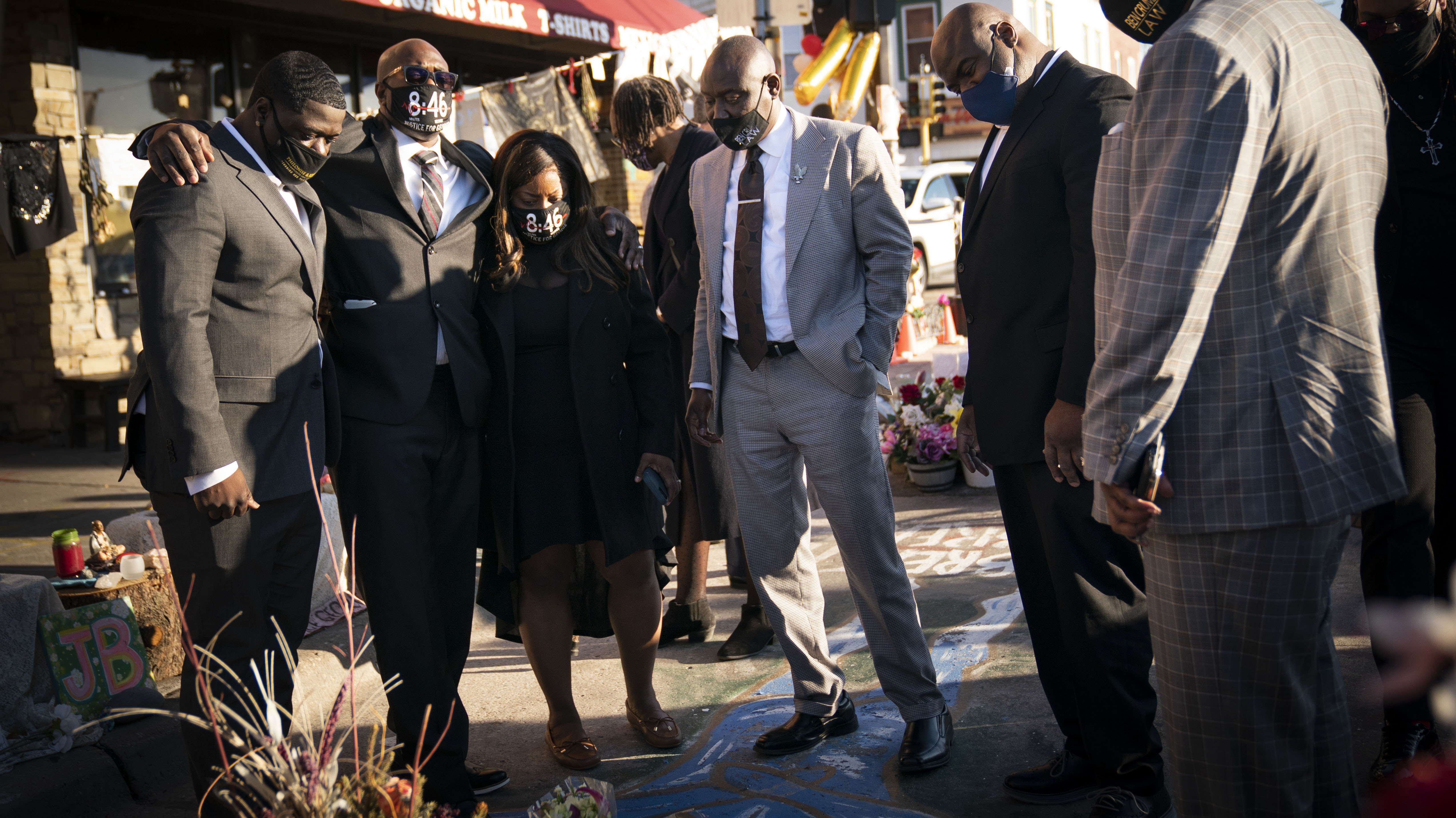 Floyd family pledge $500K to businesses at 38th & Chicago
